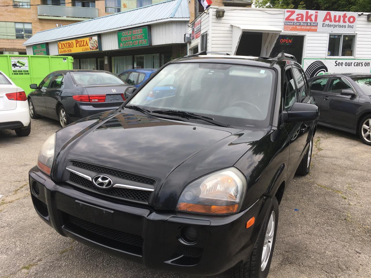 Photo of Black 2009 Hyundai Tucson