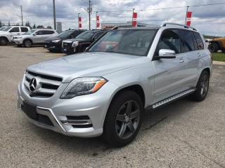 Used 2015 Mercedes-Benz GLK350 4 MATIC * 4WD * LEATHER * NAV * REAR CAM * HEATED SEATS * PANO ROOF * BLUETOOTH for sale in London, ON