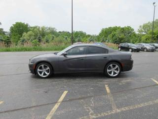 Used 2017 Dodge Charger SXT RWD for sale in Cayuga, ON