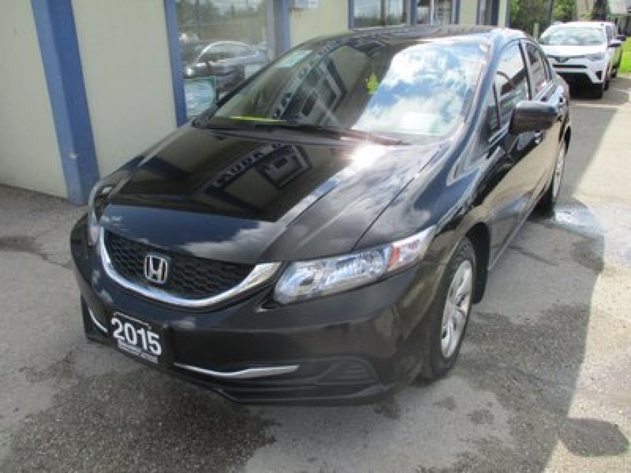2015 Honda Civic FUEL EFFICIENT LX MODEL 5 PASSENGER 1.8L - SOHC.. HEATED SEATS.. CD/AUX/USB INPUT.. BLUETOOTH.. BACK-UP CAMERA.. KEYLESS ENTRY..