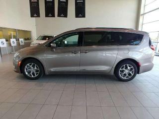 Used 2017 Chrysler Pacifica Limited - Panoramic Sunroof, Heated Leather, Navi, Bluetooth + more! for sale in Red Deer, AB