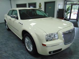 Used 2010 Chrysler 300 Touring  for sale in Chateauguay, QC