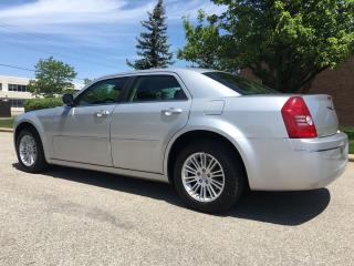 Used 2009 Chrysler 300 Touring  for sale in Mississauga, ON