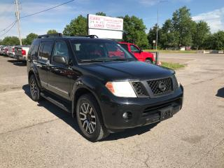 Used 2010 Nissan Pathfinder LE for sale in Komoka, ON