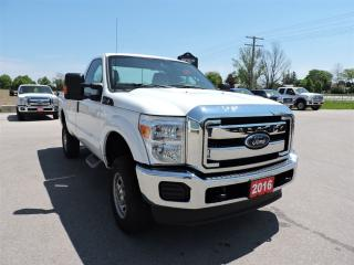 Used 2016 Ford F-250 XL. 6.2L gas. 4X4. 3 passenger. Only 28000 km for sale in Gorrie, ON
