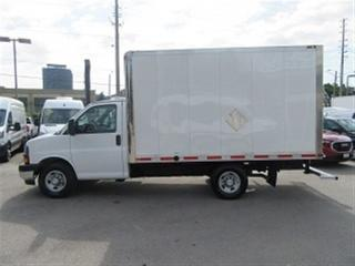 Used 2017 Chevrolet Express 3500 SINGLE REAR WHEEL 12 FT GAS CUBE VANS X 2 for sale in Richmond Hill, ON