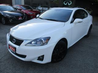 Used 2011 Lexus IS 250 AWD-TECH PKG-NAV-LTHER-ROOF-CAMERA-BLUETOOTH for sale in Scarborough, ON