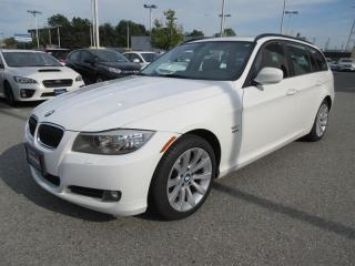Used 2012 BMW 328i xDrive Touring SUNROOF - BLUETOOTH for sale in Vancouver, BC