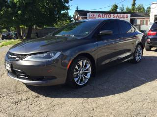 Used 2015 Chrysler 200 R Line/Automatic/Bluetooth/Heated Seats/Backup Cam for sale in Scarborough, ON