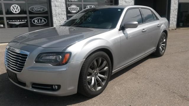 2014 Chrysler 300 SPORT Fully Loaded Navigation