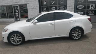 Used 2012 Lexus IS 250 premium sound sunroof for sale in Guelph, ON