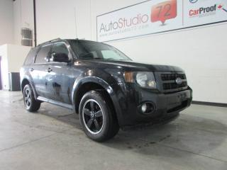 Used 2011 Ford Escape XLT 4 CYL **TOIT OUVRANT** for sale in Mirabel, QC