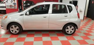 Used 2011 Chevrolet Aveo Familiale 5 portes LT for sale in Saint-eustache, QC