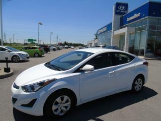 Used 2016 Hyundai Elantra L,BAS KILO, GR ÉLECTRIQUE, ÉCONOMIQUE for sale in Joliette, QC