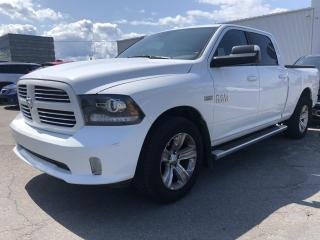 Used 2017 RAM 1500 Cabine CREW 4RM,   Sport for sale in Chicoutimi, QC