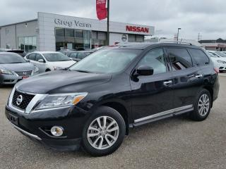 Used 2016 Nissan Pathfinder SL 4WD w/all leather,NAV,climate control,rear cam,front-rear heated seats,dual pwr moonroofs for sale in Cambridge, ON