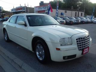 Used 2005 Chrysler 300 300 for sale in Scarborough, ON