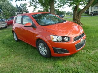 Used 2013 Chevrolet Sonic 5 portes à hayon LS à b. auto. for sale in St-Isidore, QC