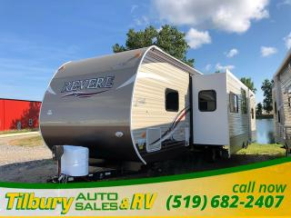 New 2018 Forest River SHASTA REVERE 32DS Outdoor Kitchen. Bunk House. for sale in Tilbury, ON