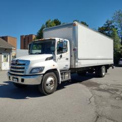 Used 2017 Hino 338 26' with lift and ramp for sale in Kitchener, ON