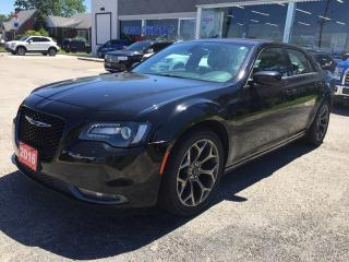 Used 2016 Chrysler 300 RWD * LEATHER * REAR CAM * BLUETOOTH * LOW KM for sale in London, ON