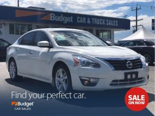 Used 2014 Nissan Altima Navigation, Leather Seating, Bluetooth, Clean for sale in Vancouver, BC