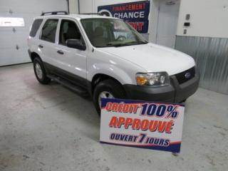 Used 2006 Ford Escape 4x4 4 Cylindres for sale in Montréal, QC