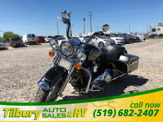 Used 2013 Harley-Davidson Road King Classic 1687 cc, V-TWIN engine. for sale in Tilbury, ON