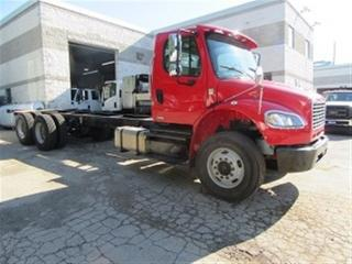 Used 2012 Freightliner M2106 TANDEM AXLE CAB & CHASSIS CUMMINS DIESEL for sale in Richmond Hill, ON