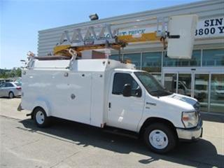 Used 2010 Ford E450 WITH SERVICE BOX PLUS 1 MAN BUCKET for sale in Richmond Hill, ON