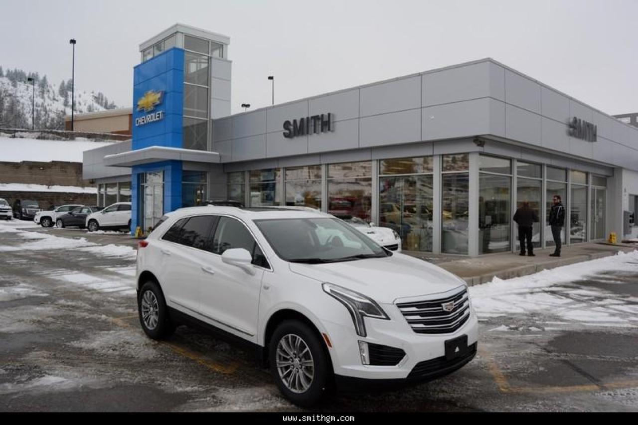 Photo of White 2018 Cadillac XT5