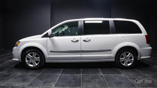 Used 2016 Dodge Grand Caravan Crew LEATER! POWER EVERYTHING! KEYLESS ENTRY! DUAL CLIMATE ZONE! THIRD ROW! for sale in Kingston, ON