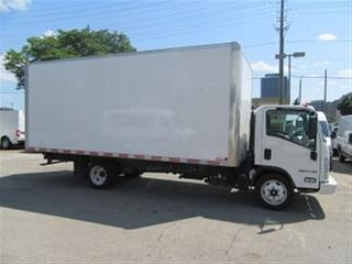 Used 2017 Isuzu NPR HD GAS WITH 20 FT ALUMINUM BOX for sale in Richmond Hill, ON