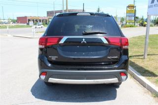 Used 2016 Mitsubishi Outlander SE AWC V6 for sale in Barrie, ON