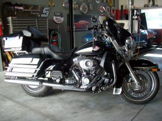 Used 2010 Harley-Davidson Electra Glide CASSIC for sale in Guelph, ON