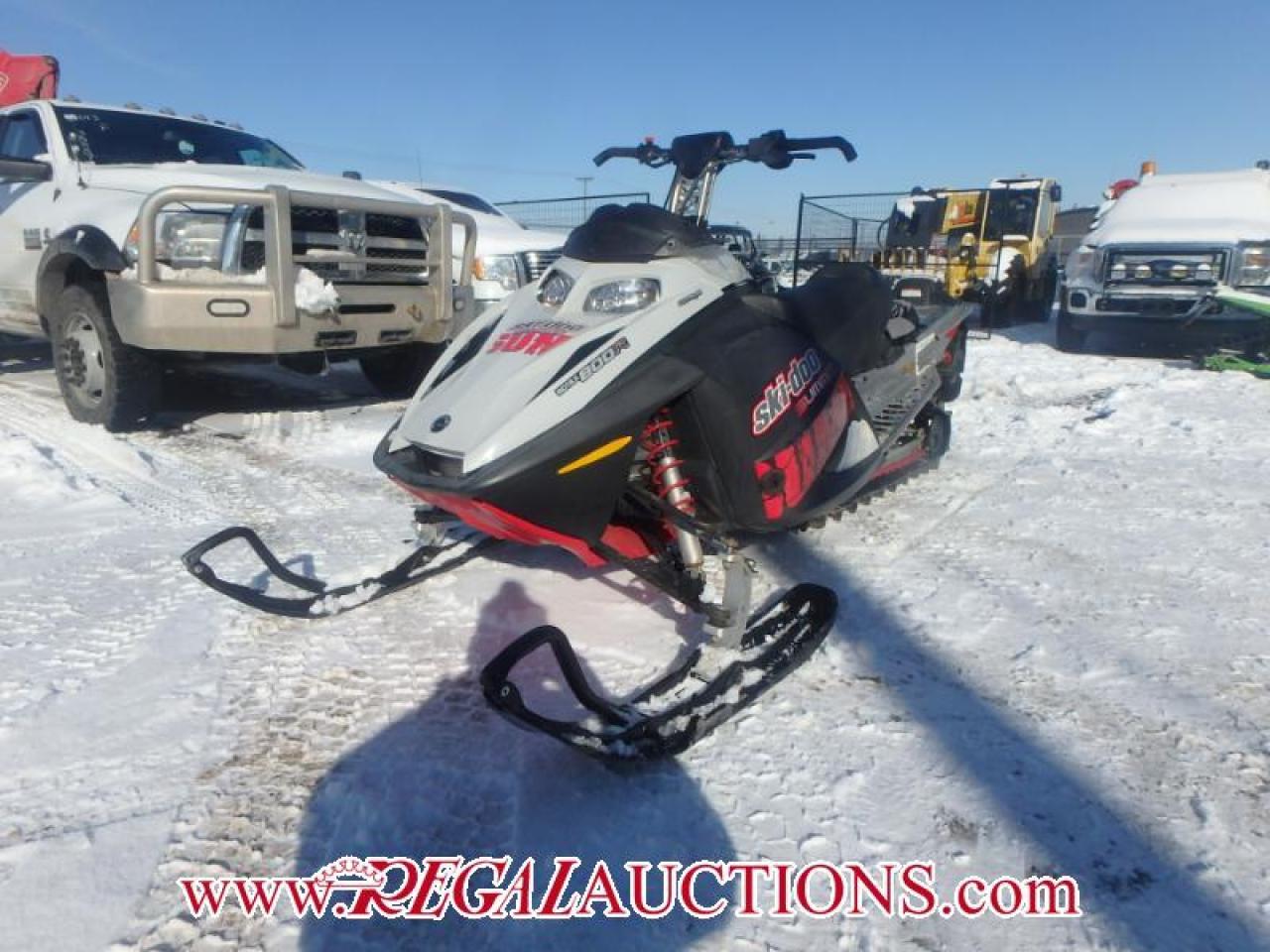 Photo of  2007 SKI DOO SUMMIT 800 R  SNOWMOBILE