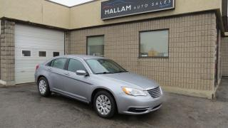Used 2013 Chrysler 200 LX Aux input, Cruise Control, for sale in Kingston, ON
