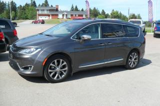 Used 2017 Chrysler Pacifica Familiale 4 portes Limited FULL EQUIP for sale in Jonquiere, QC