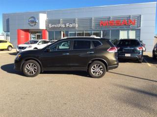 Used 2014 Nissan Rogue SL AWD CVT for sale in Smiths Falls, ON