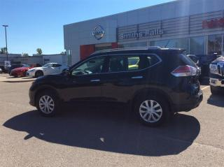 Used 2016 Nissan Rogue S FWD CVT for sale in Smiths Falls, ON