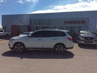 Used 2017 Nissan Pathfinder Platinum V6 4x4 at for sale in Smiths Falls, ON