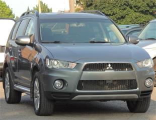 Used 2013 Mitsubishi Outlander XLS for sale in Etobicoke, ON