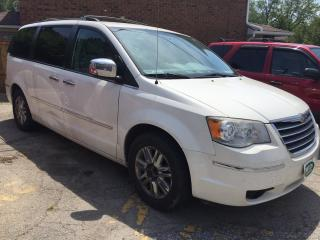 Used 2010 Chrysler Town & Country Limited for sale in Mississauga, ON