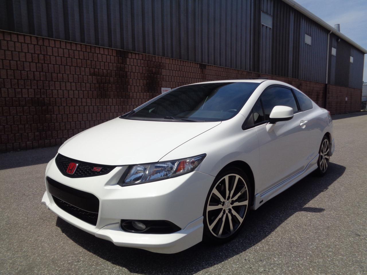 Photo of White 2013 Honda Civic