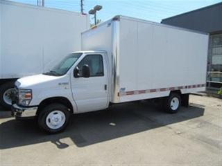 Used 2012 Ford E450 CUBE VAN GAS WITH 14 FT ALUM BOX for sale in Richmond Hill, ON