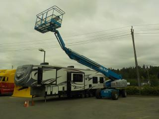 Used 2004 GENIE S-125 4X4 Boom Lift Diesel and Propane for sale in Burnaby, BC