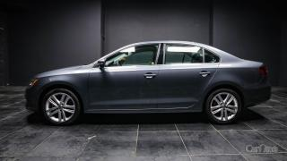 Used 2017 Volkswagen Jetta 1.8 TSI Highline HANDS FREE | NAV | PUSH TO START | DUAL CLIMATE | HEATED SEATS for sale in Kingston, ON