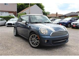 Used 2011 MINI Cooper Hardtop Classic for sale in Hamilton, ON