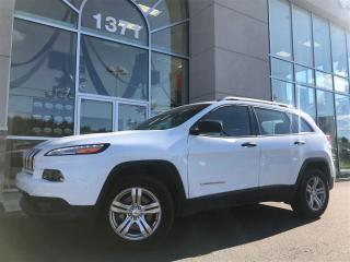 Used 2015 Jeep Cherokee Sport for sale in Sainte-agathe-des-monts, QC