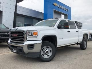 Used 2016 GMC Sierra 2500 HD 4WD Crew CAB 153. for sale in Barrie, ON